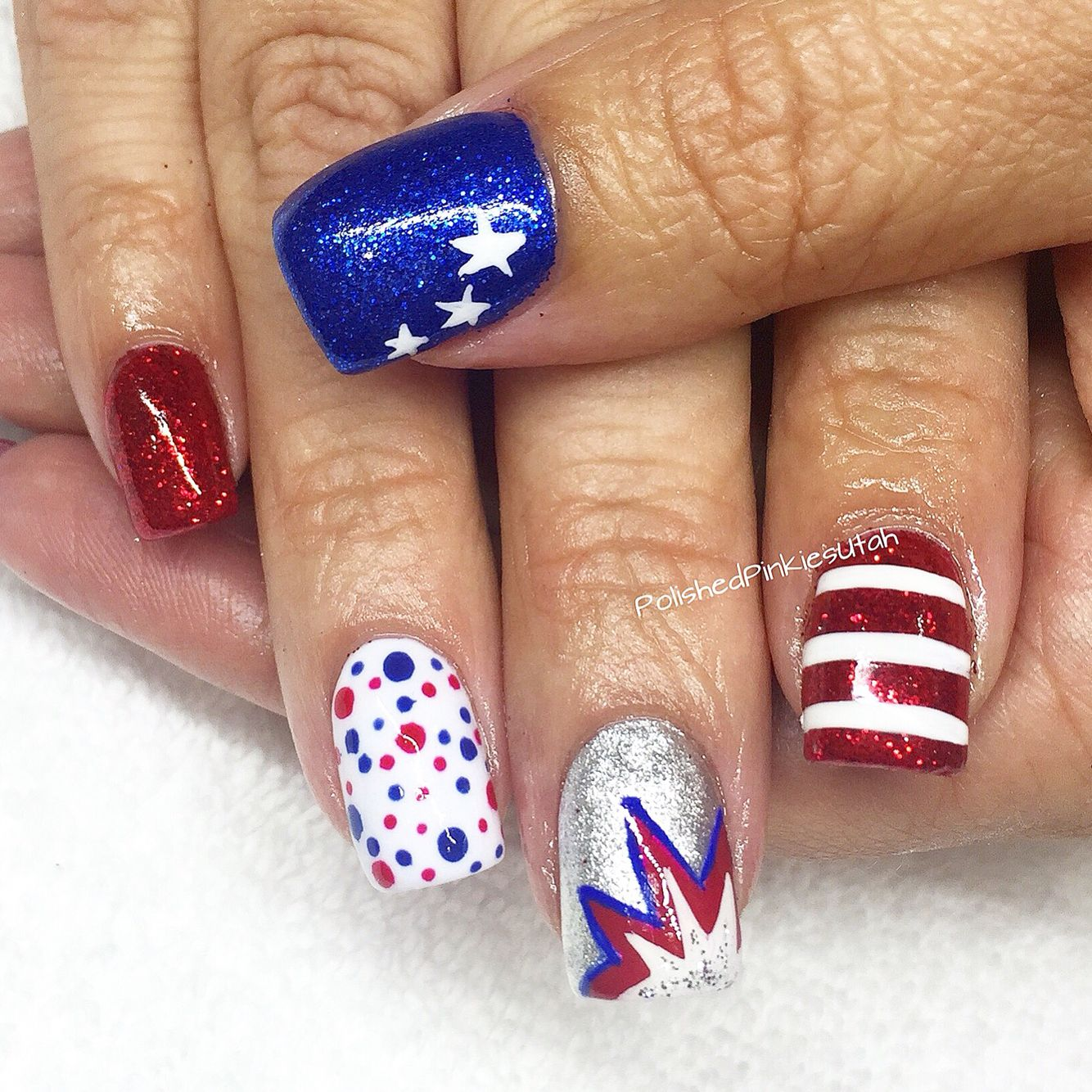 polished pinkies utah: red! white! blue!! these nails scream usa