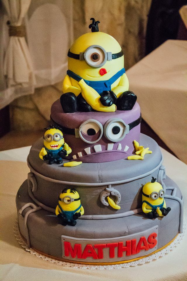 minion torta torte per bambini pinterest minions decorated cakes and minion party. Black Bedroom Furniture Sets. Home Design Ideas