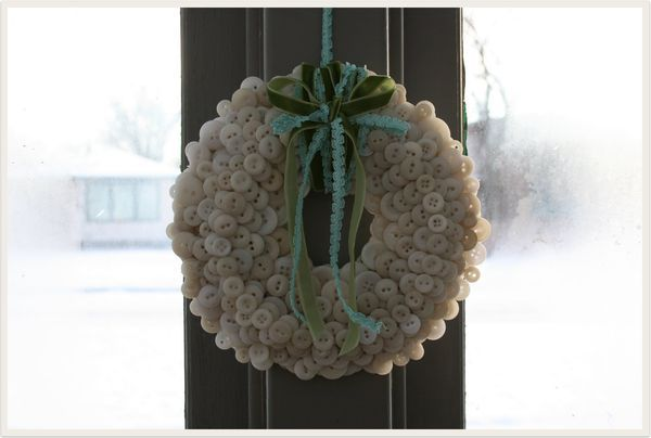 winter button wreath :)