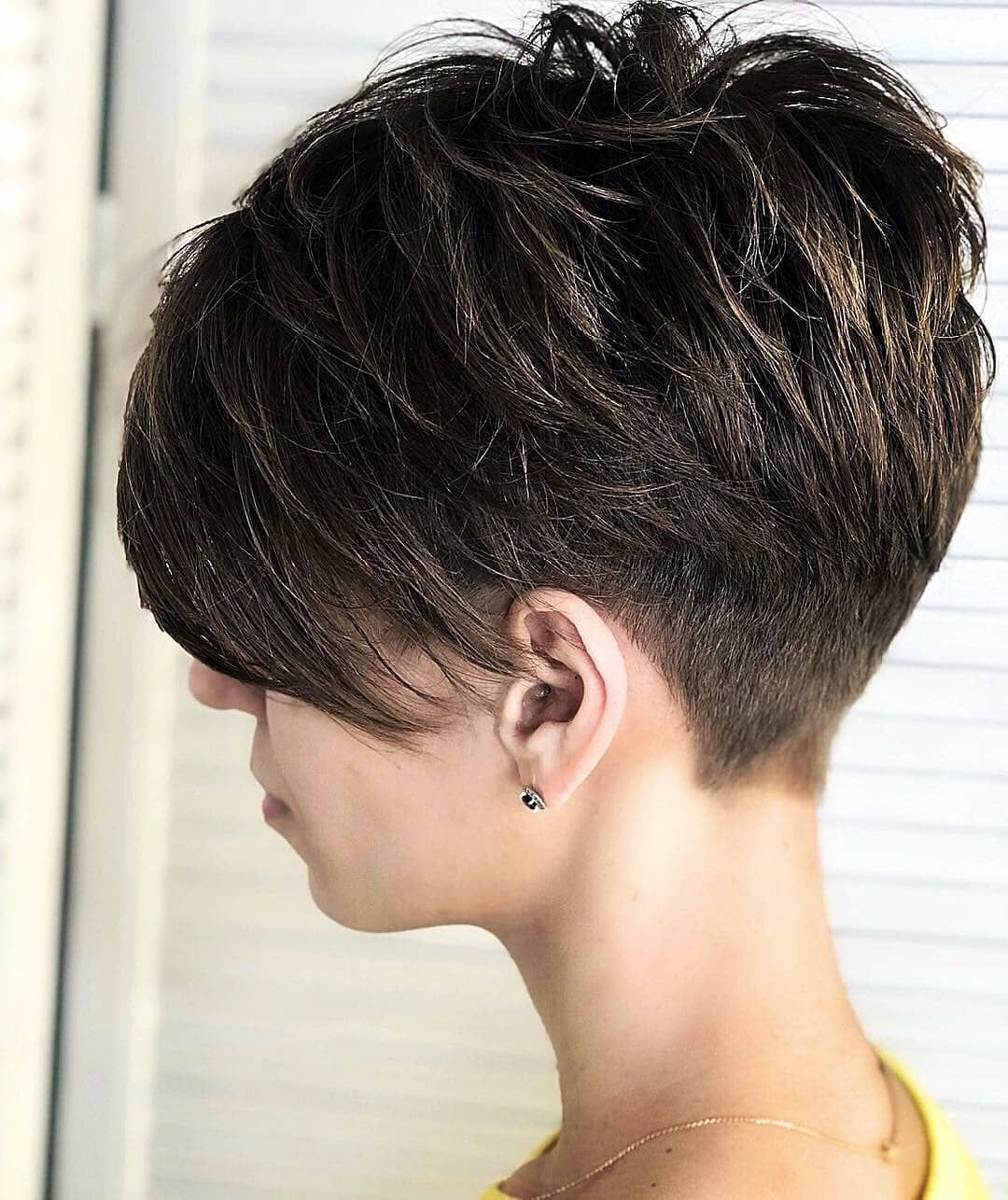 World Hairdressers On Instagram Coloristsochi Carameli Sochi Kaypro Russia Kaypro Moscow P Hair Styles Thick Hair Styles Pixie Haircut For Thick Hair