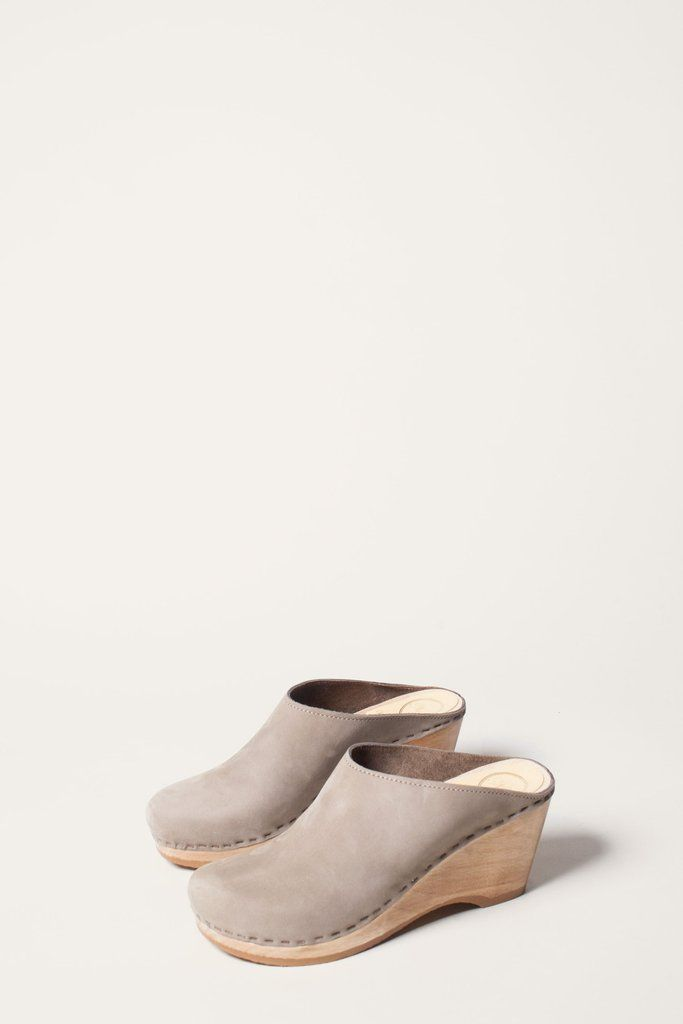 4917c1bc0955c New School Clog on Wedge in Cement   wear. in 2019   Clogs outfit ...