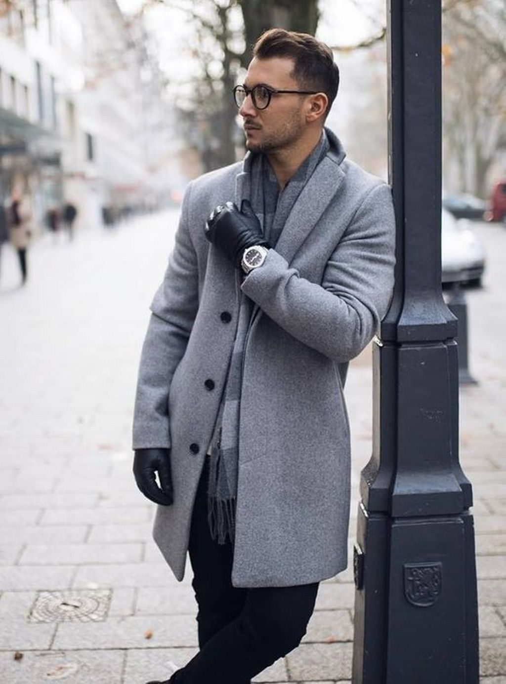 45 Modern Business Winter Outfit Ideas For Men In The Office
