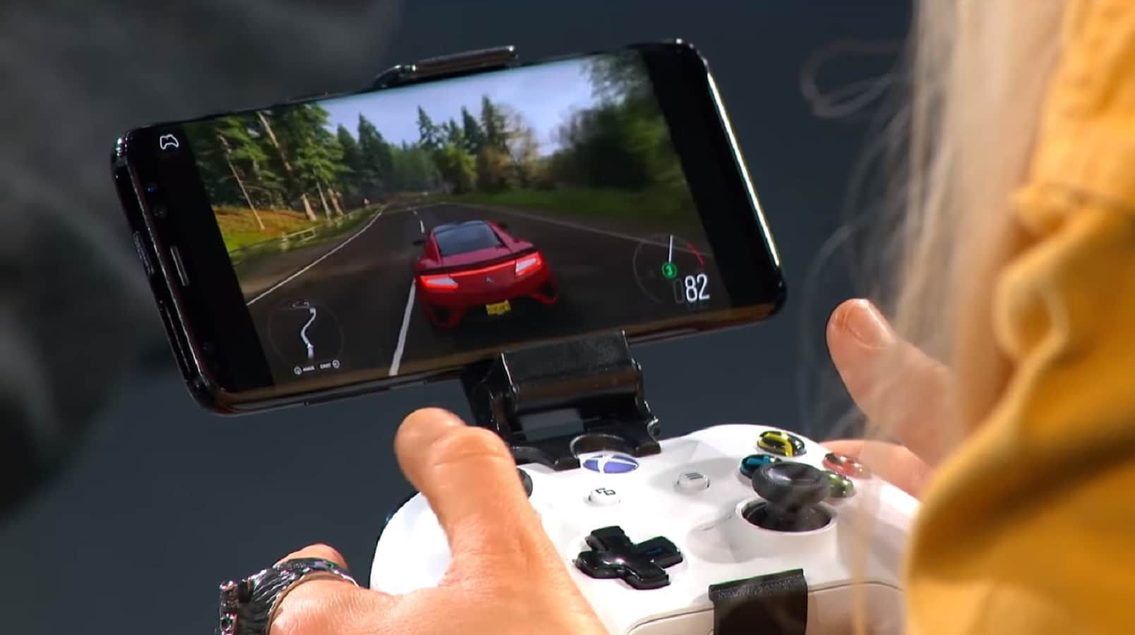 Here's Forza Horizon 4 running on an Android phone through