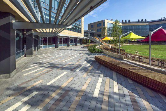 Unilock - Office Complex with Custom Promenade Plank Paver in New York