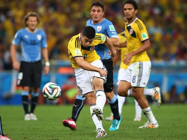 Goal kick volleyball James Rodriguez was chosen as the FIFA Goal of the World cup 2014