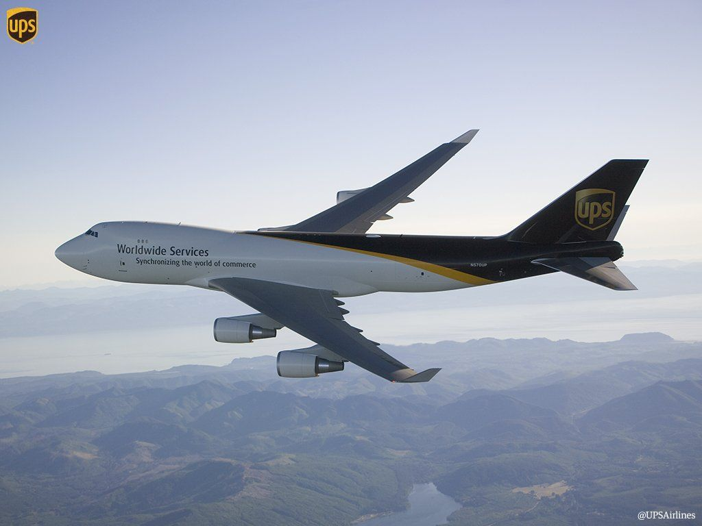 The 747 400f Is Currently The Largest Aircraft In The Ups Fleet With A Max Payload Of 258 600 Lbs Cargo Aircraft Boeing Aircraft Aircraft