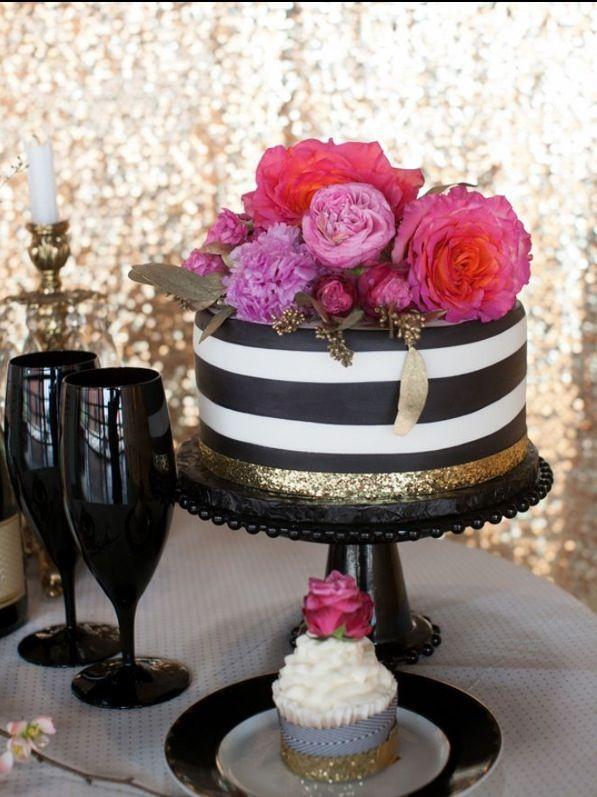 49 Amazing Black And White Wedding Cakes Cakes