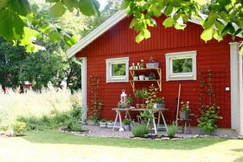 Houses In Sweden, Garden Sheds, Garden Plants, Hem, Homesteads, Porches,  Front Porches, Farms, Garden Huts