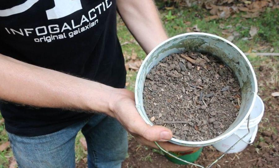 Potting Soil Garden Make homemade potting soil with 3 simple ingredients potting soil garden ideas homemade potting soil workwithnaturefo
