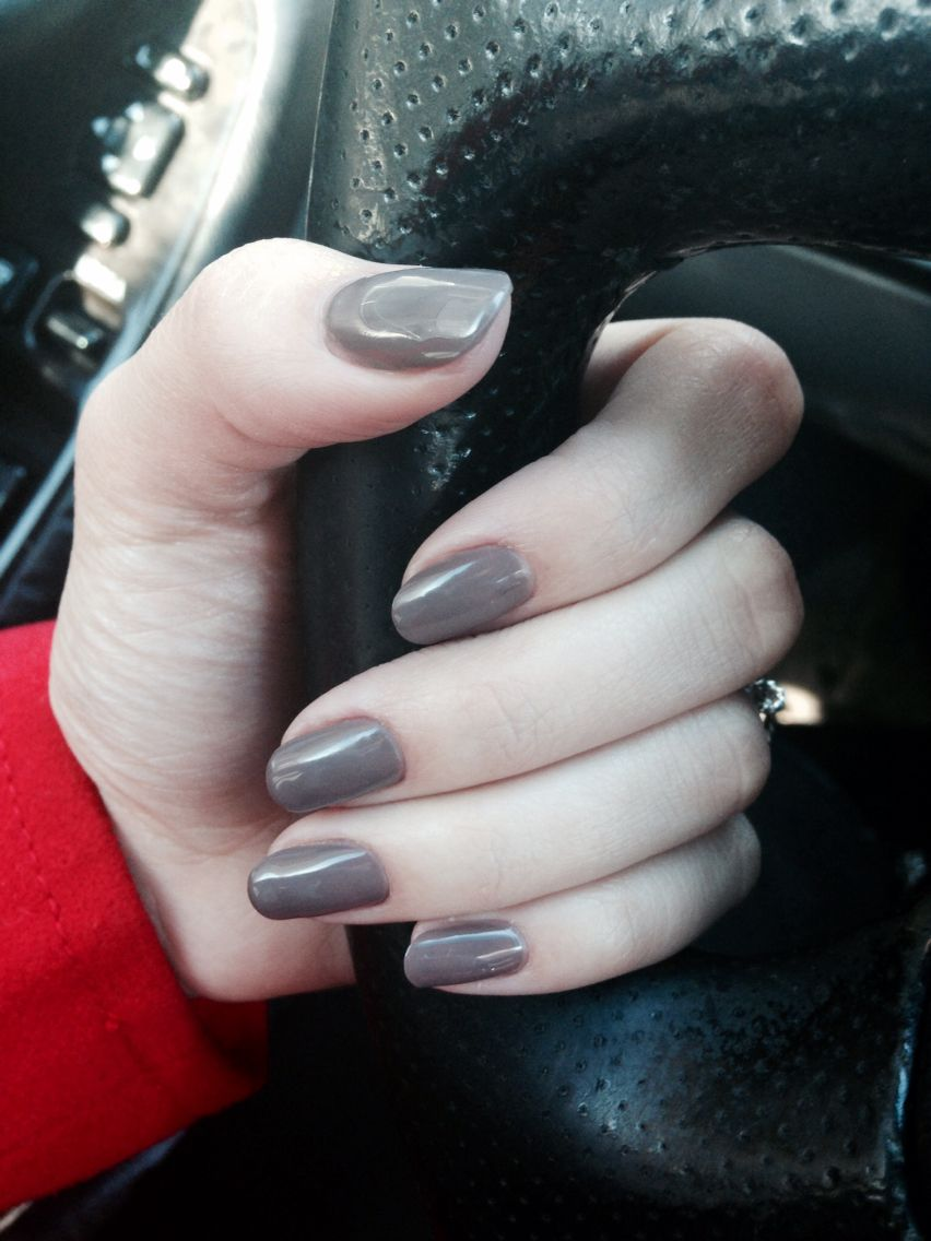 round nails in a grayish brown color. feeling festive!