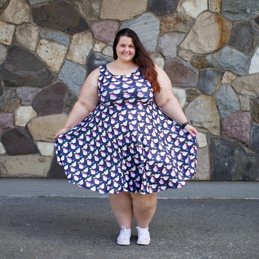 Nz plus size blogger meagan kerr wears fat unicorn dress for Dress shirts for big bellies