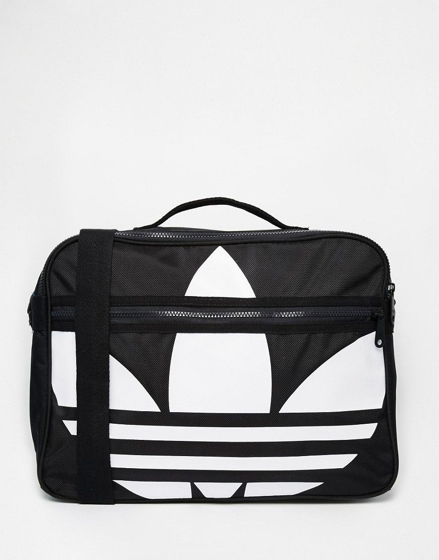 a2ec086c90 De sejeste adidas Originals Airliner Messenger Bag - Black adidas Originals  Messenger Tasker til Herrer i fantastisk kvalitet
