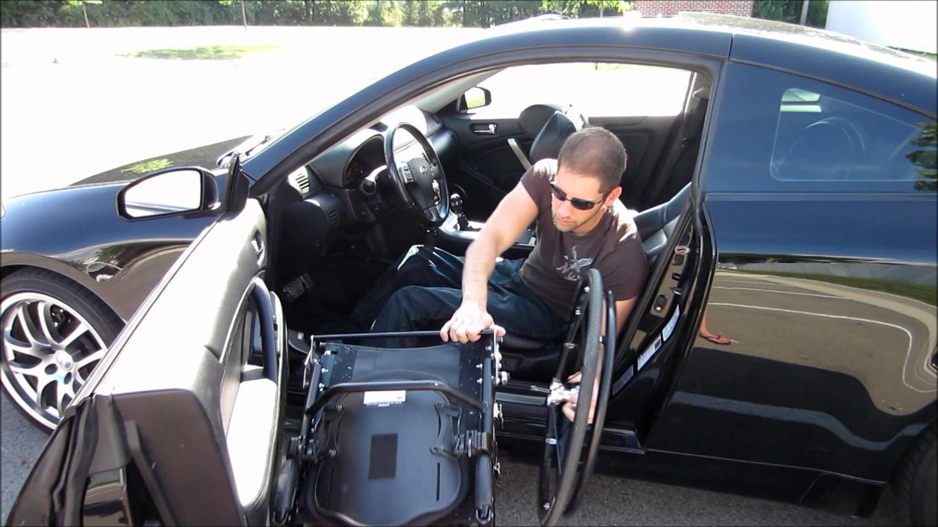 Paraplegic Car Transfer Spinal Cord Injury Paraplegic Spinal Cord Injury Awareness