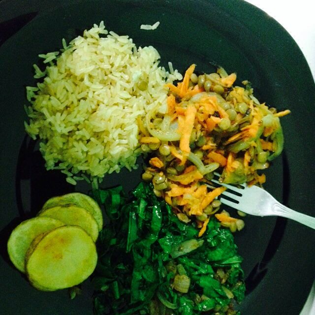 Arroz integral + couve + lentilha + batata