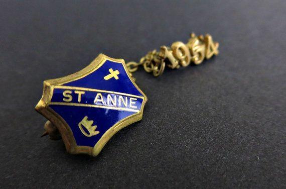 Vintage Pin - St Anne 1964 - Graduation Pin - Nursing Graduation Pin - Vintage Pinback - College Pin