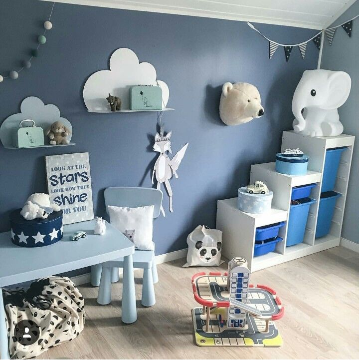 Blaue wand im kinderzimmer pok j dziecka kids room - Baby jungenzimmer ...
