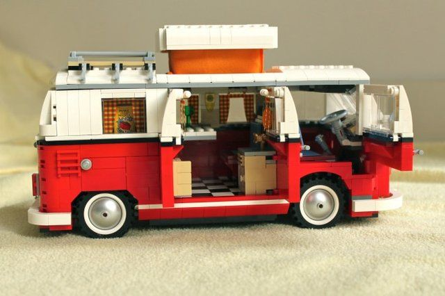 LEGO VW Camper, la furgoneta hippie de bloques [Video] - Gizmodo ES - The gadgets weblog