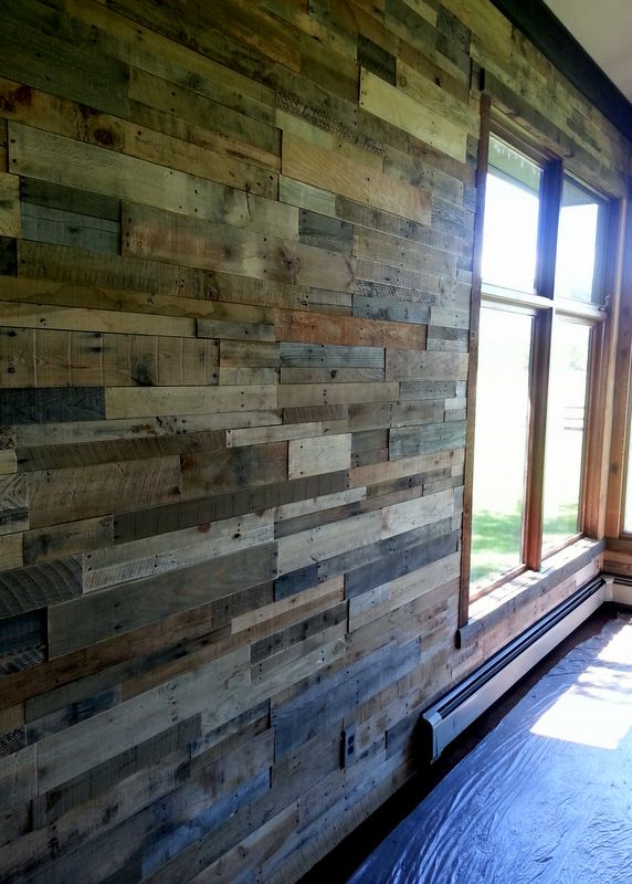 Recycled wood pallets never looked so good. Our prefabricated panels makes installation quick, clean, and easy.