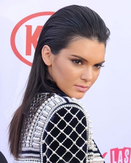 49ad6346b4f8 Get the Look  Kendall Jenner s Slicked-Back Style at the Billboard Music  Awards