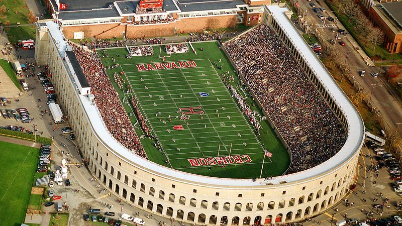 Harvard University Stadium Seats About 30 000 People And The University Claims It S America S Oldest Stadium And Football Stadiums Stadium Harvard Football