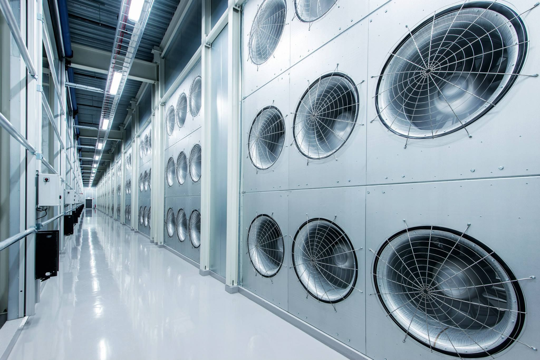 Global Data Center Cooling Market Latest Trend Growth Size