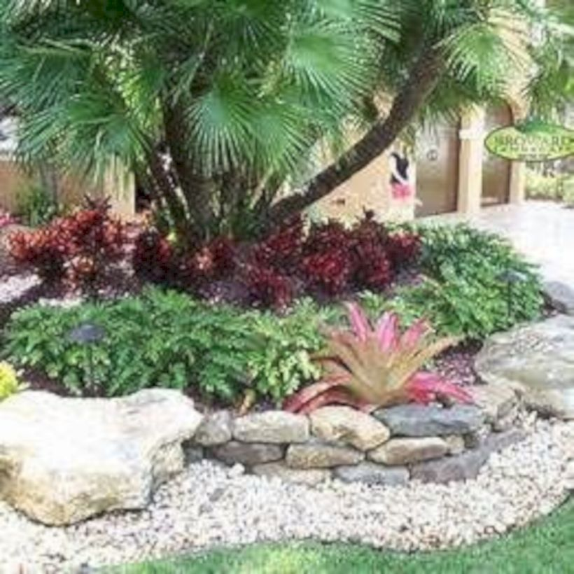 55 Creative Front Yard Ideas With Rock Makeover Ideas Roundecor Tropical Landscaping Front Yard Landscaping Design Landscaping With Rocks