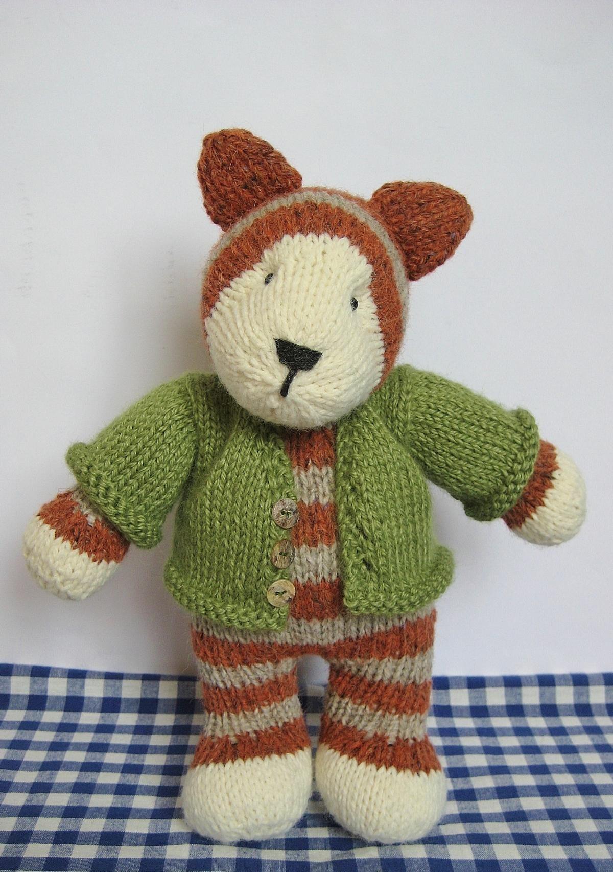 Tabby Cat toy knitting pattern   Knitting   Pinterest   Tabby cats ...