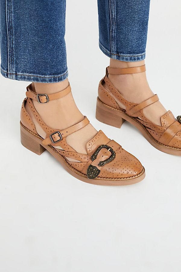 Thunderbird Oxford in in in 2018   scarpe fetish    Pinterest   scarpe   48b164