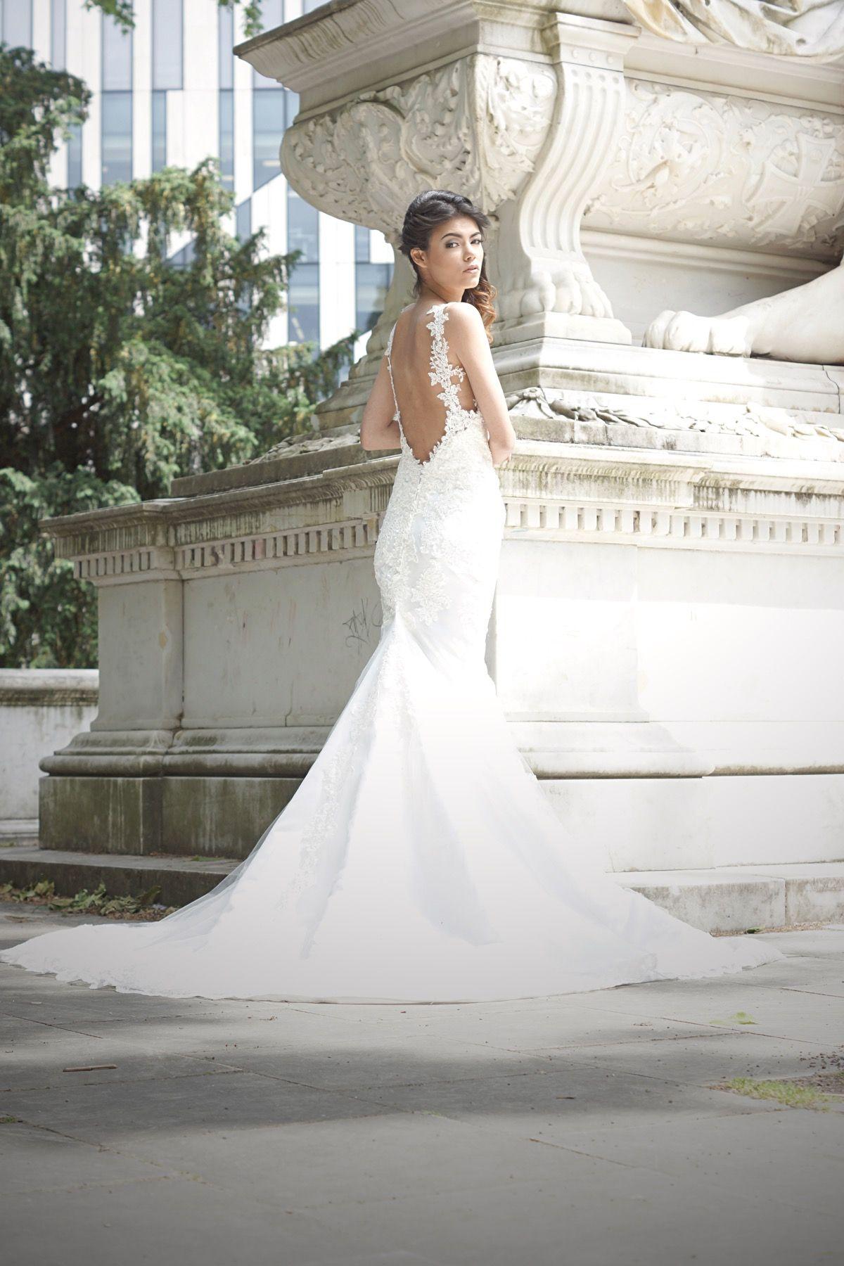 EMANUEL HENDRIK | Brautkleid: Isabelle | Model: Melanie Beerens ...