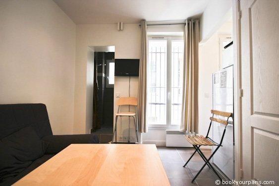 BYP-732 - Furnished studio for rent , 12 m² Rue Berzelius, Paris 17, 750 €/M
