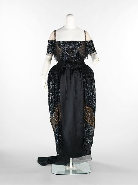 Evening dress (image 1) | House of Weeks | French | 1918-20 | silk, rhinestones, metal |  Brooklyn Museum Costume Collection at The Metropolitan Museum of Art | Accession Number: 2009.300.3569