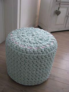 Poef Van Zpagetti Poef Haken Pinterest Poufs Crochet And Knit