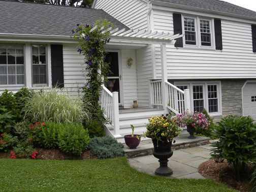 Split Foyer Home With Front Porch : Image result for split level home front yard landscaping