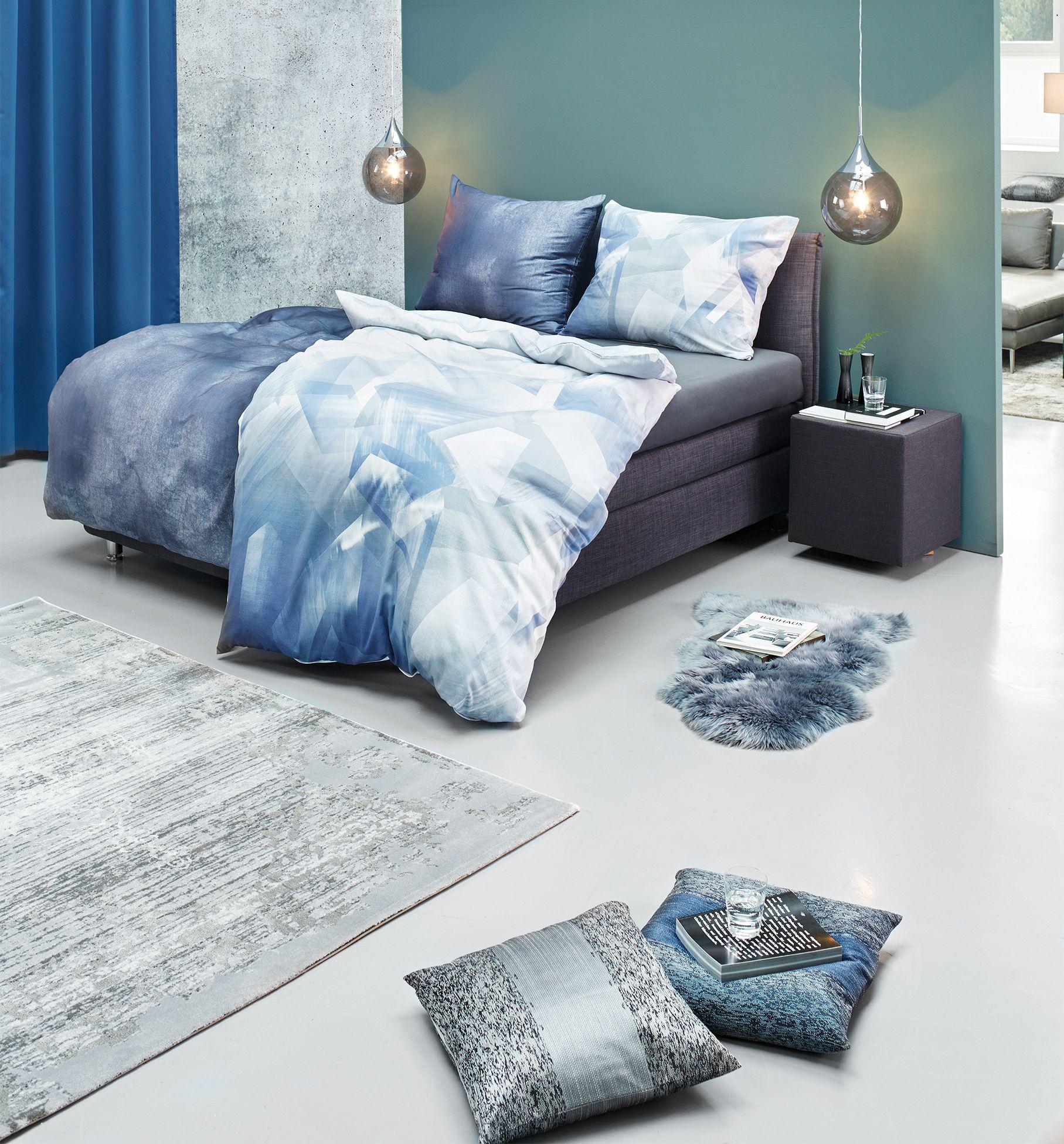 Schlafzimmer mit moderner Bettwäsche in Blau und Grau mit Bildern   Bettwäsche, Bettwäsche ...