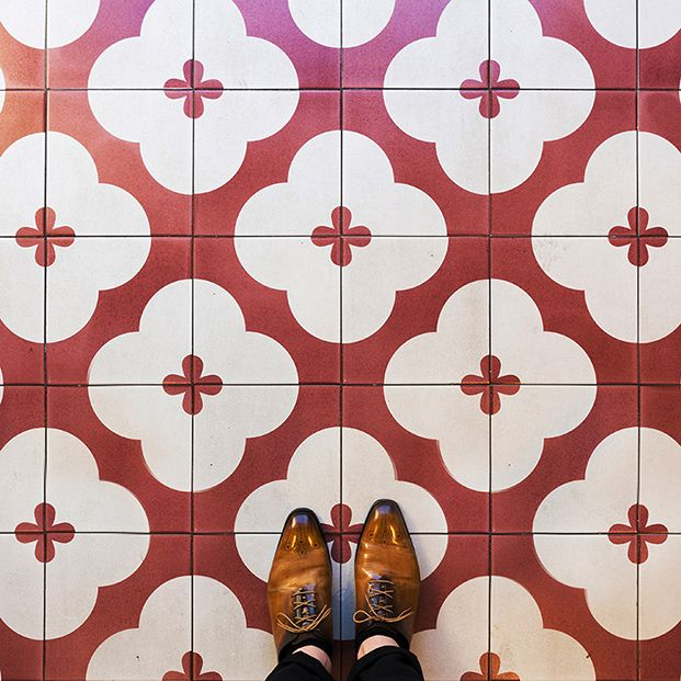 Barcelona Floors La Fascinación Por Los Suelos Modernistas Despiertaymira Mis De Sueños Pinterest Tile Flooring Floor Designs And