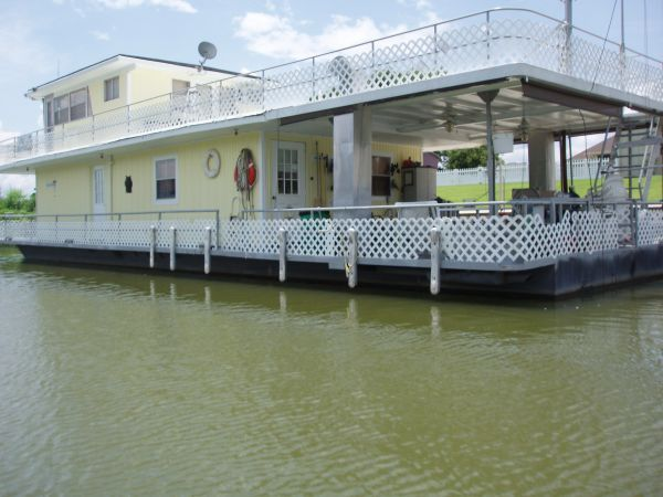 louisiana bayou houseboats |     Boat For Sale in Baton