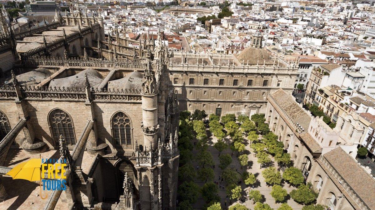 Patio De Los Naranjos Catedral De Sevilla Sevilla Catedral