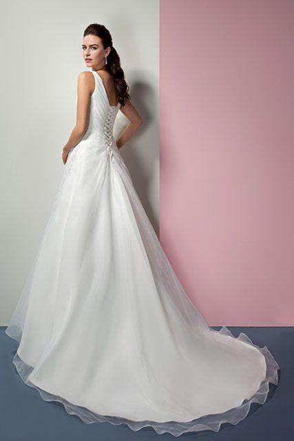 Mooie jurk met vetersluiting #Oreasposa