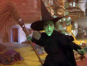 Margaret Hamilton Es La Malísima Bruja Del Oeste En El Mago De Oz 1939 Mago De Oz Artistas Magico