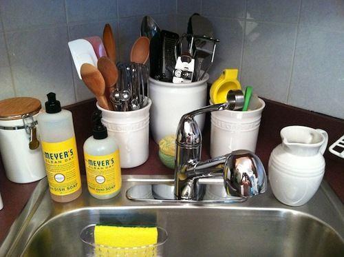 Jolie kerr post summer kitchen clean up to cleanorganize post summer kitchen clean up solutioingenieria Gallery
