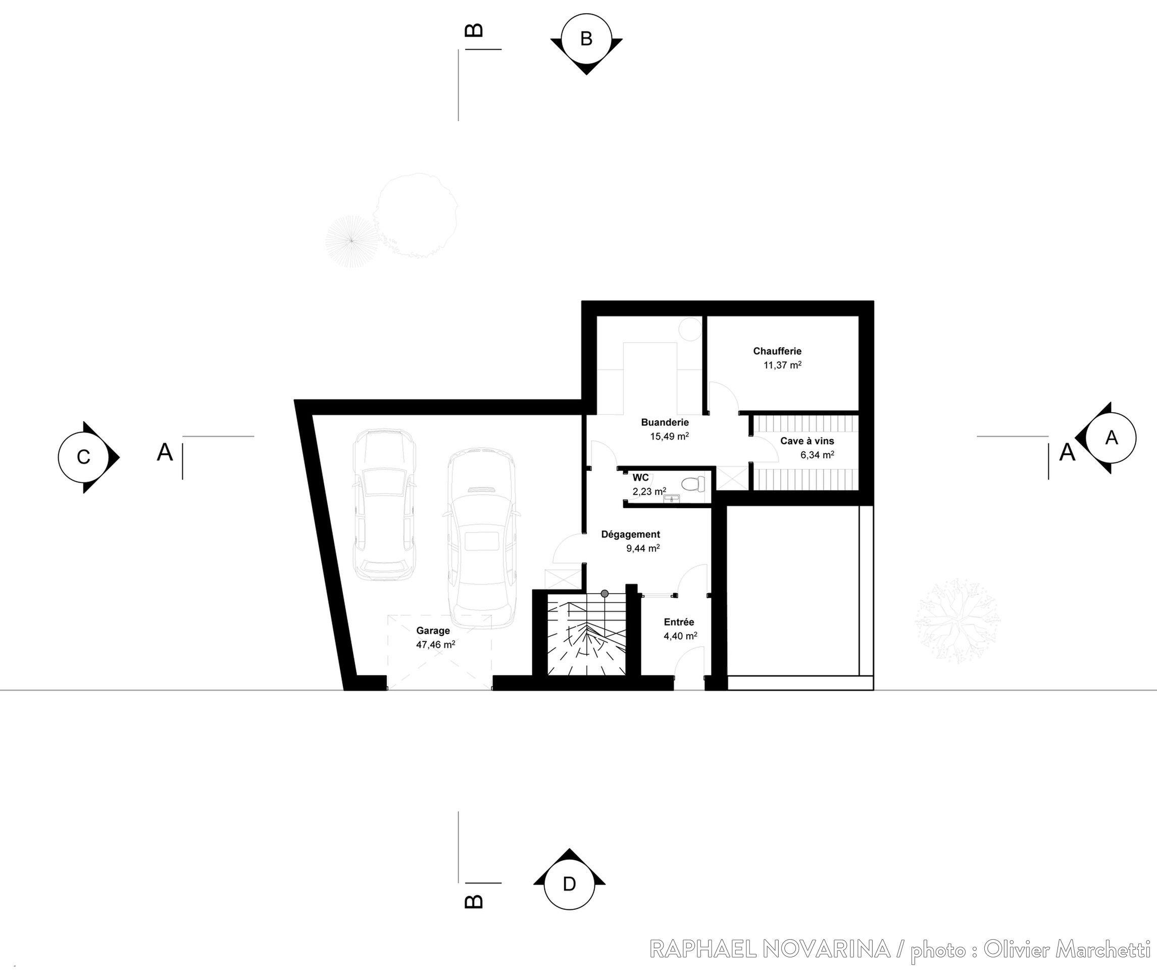 Maison Sur Trois Niveaux Du0027une Surface De 250 M2