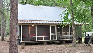 Secluded Cozy Lakefront Cabin Perfect For Quiet Getaways Hunting Fishingvacation Rental In Lake Sam Rayburn From Hom Vacation Getaway Places Cabins In Texas