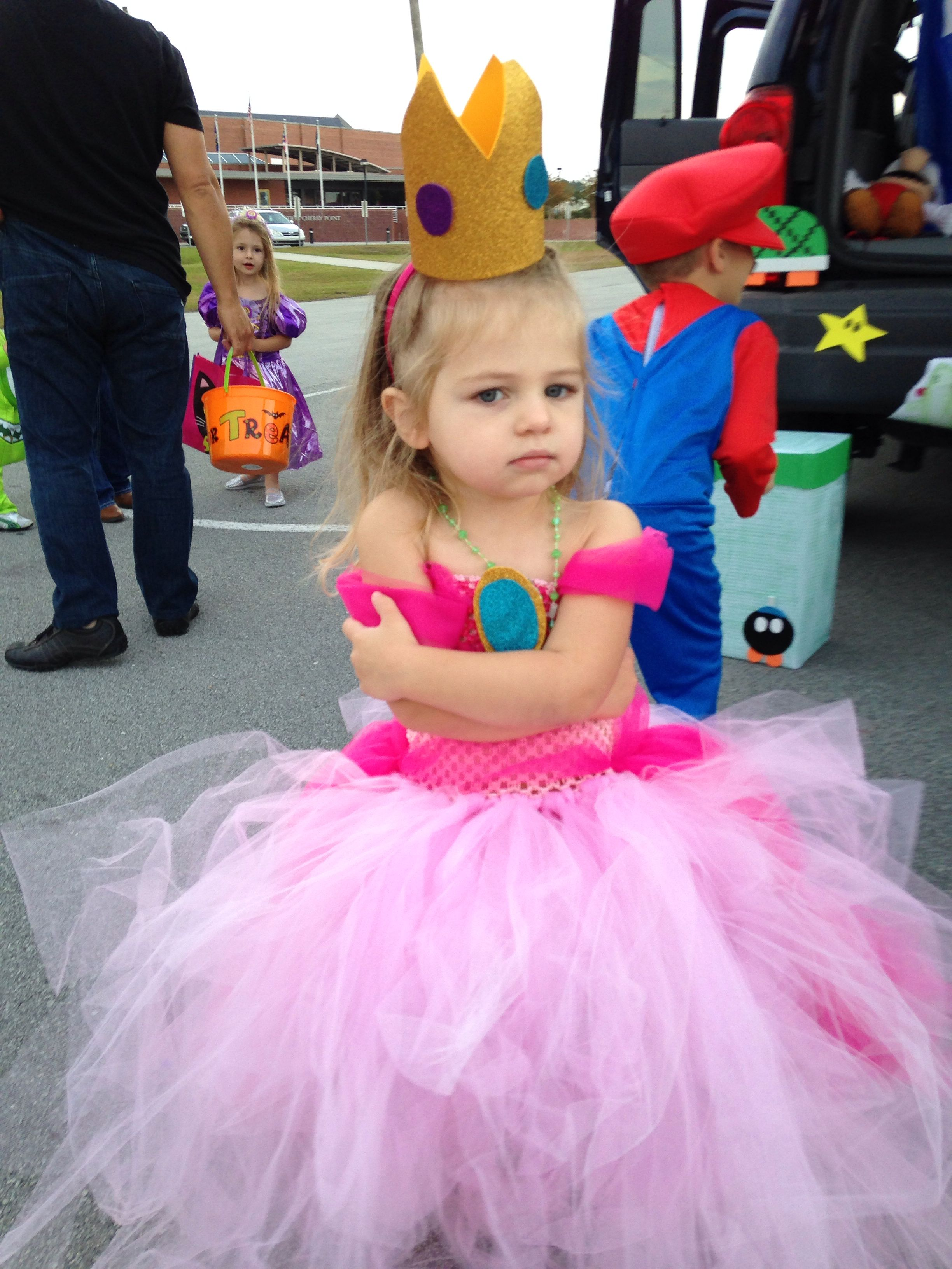 Princess peach tutu dress with foam cut outs | Disfraces | Pinterest ...