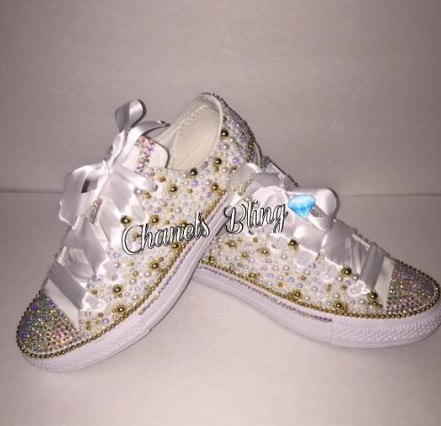 Bedazzled bling all star chuck taylors converse. white on white with gold   Rhinestone and pearl chucks. 8a9fef6e2