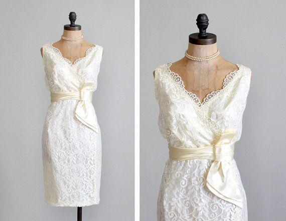 Fresh Vintage Sheer Wedding Dresses Bateau Neck Chiffon Tea Length Beach Wedding Dress with Floral Sash Summer Simple Wedding Gowns Discount