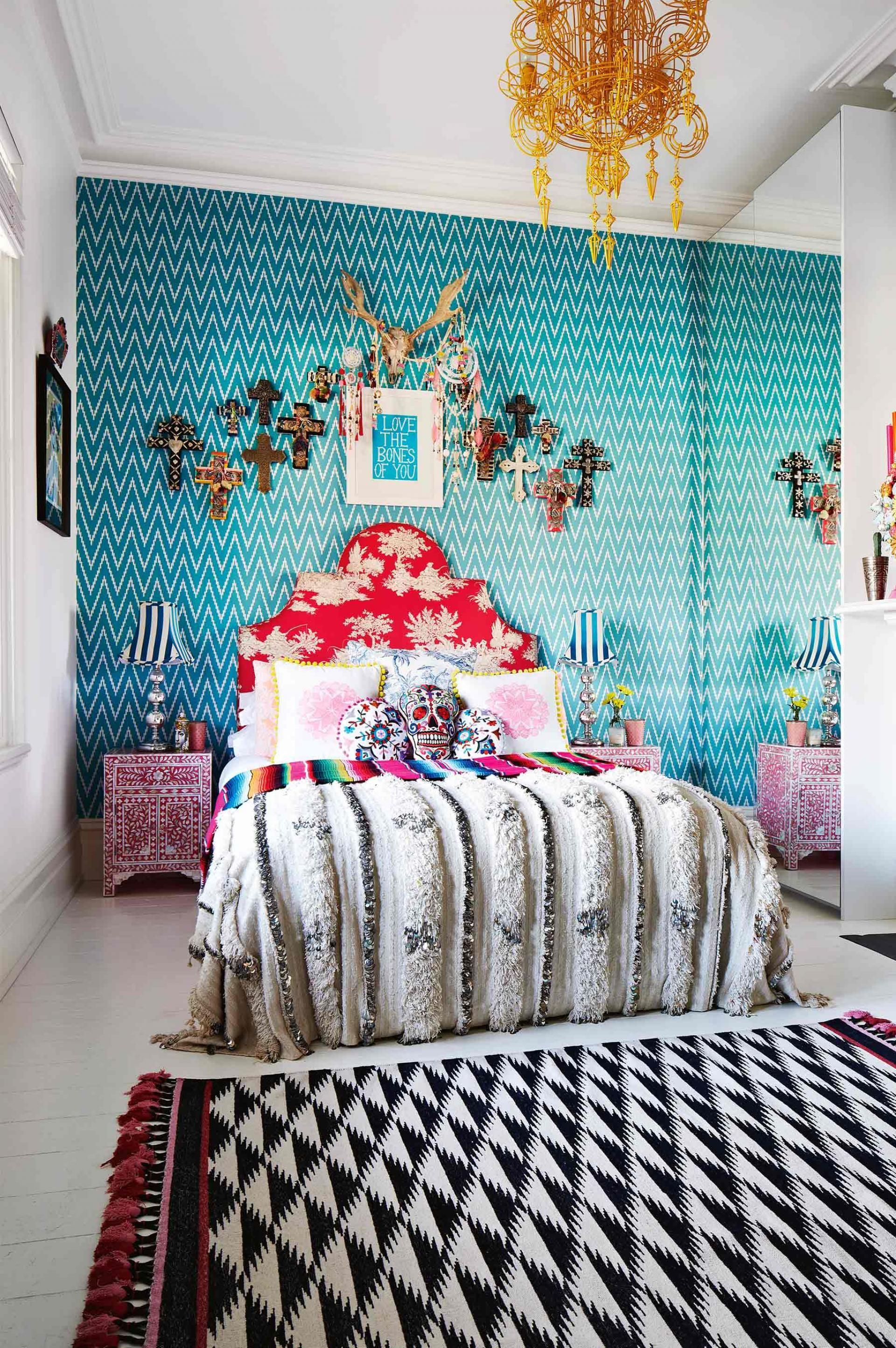 colourful-bedroom-wallpaper-eclectic-sept14 | Funky home ...