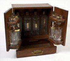 Small Liquor Cabinet Ideas