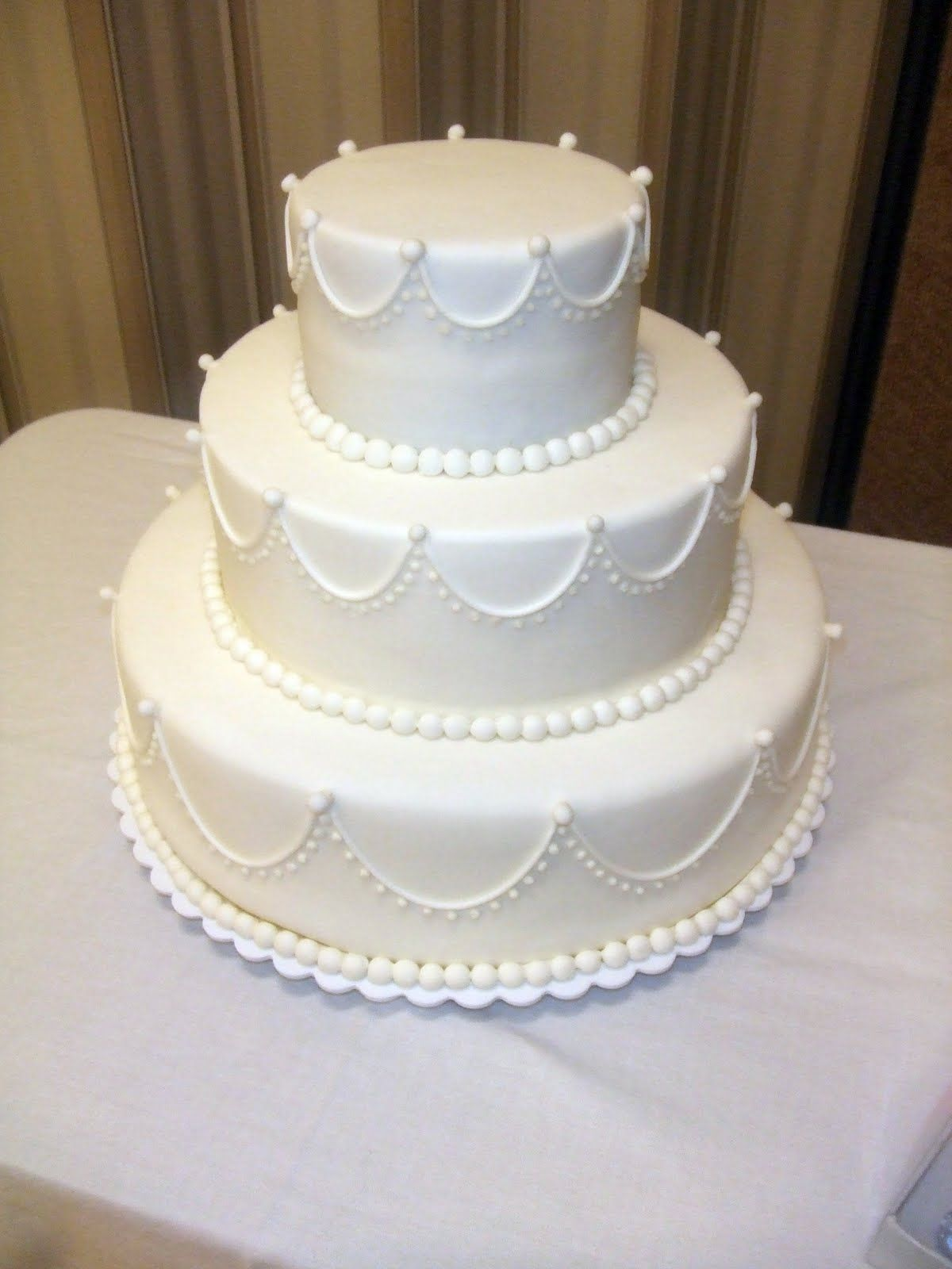Traditional Wedding Cake Classic Wallpaper HD
