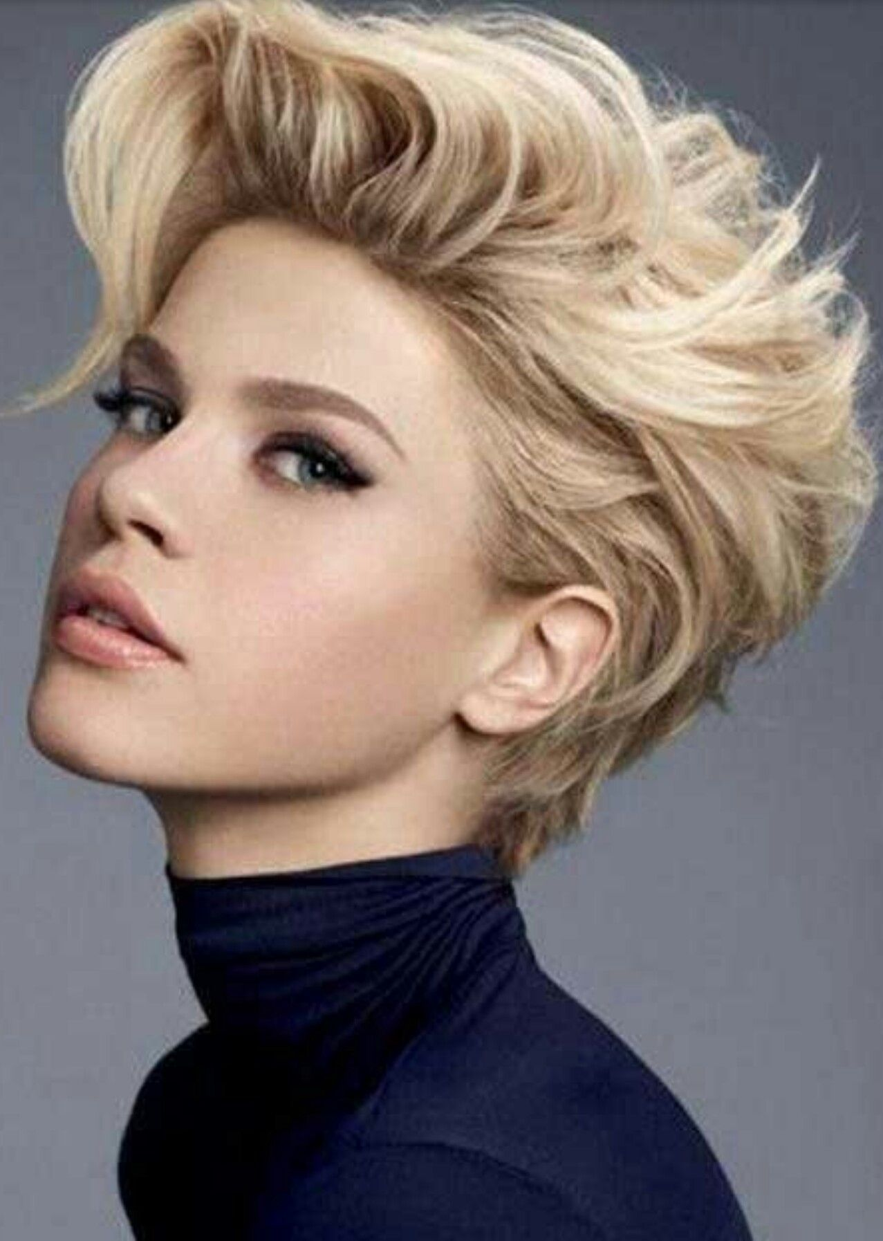 Pin by keep moving forward on hairs pinterest hair cuts short