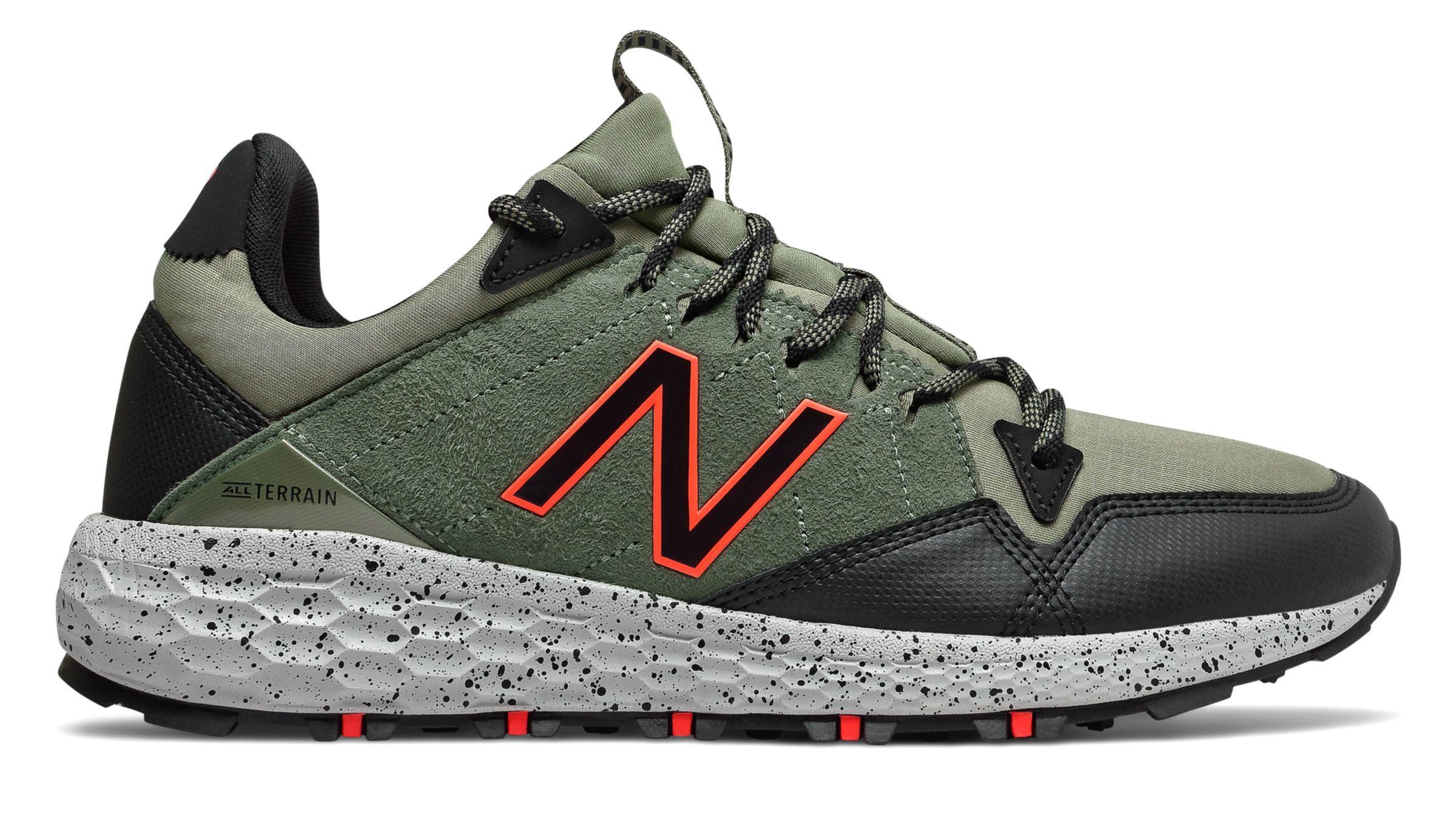 New Balance Men S Fresh Foam Crag Trail Shoes Green With Black New Balance Trail Shoes Hiking Shoes Mens